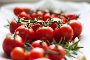 Как сохранить помидоры свежими и защитить от фитофторы