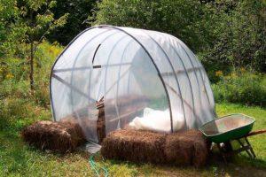 Солома для огорода или соломенный огород